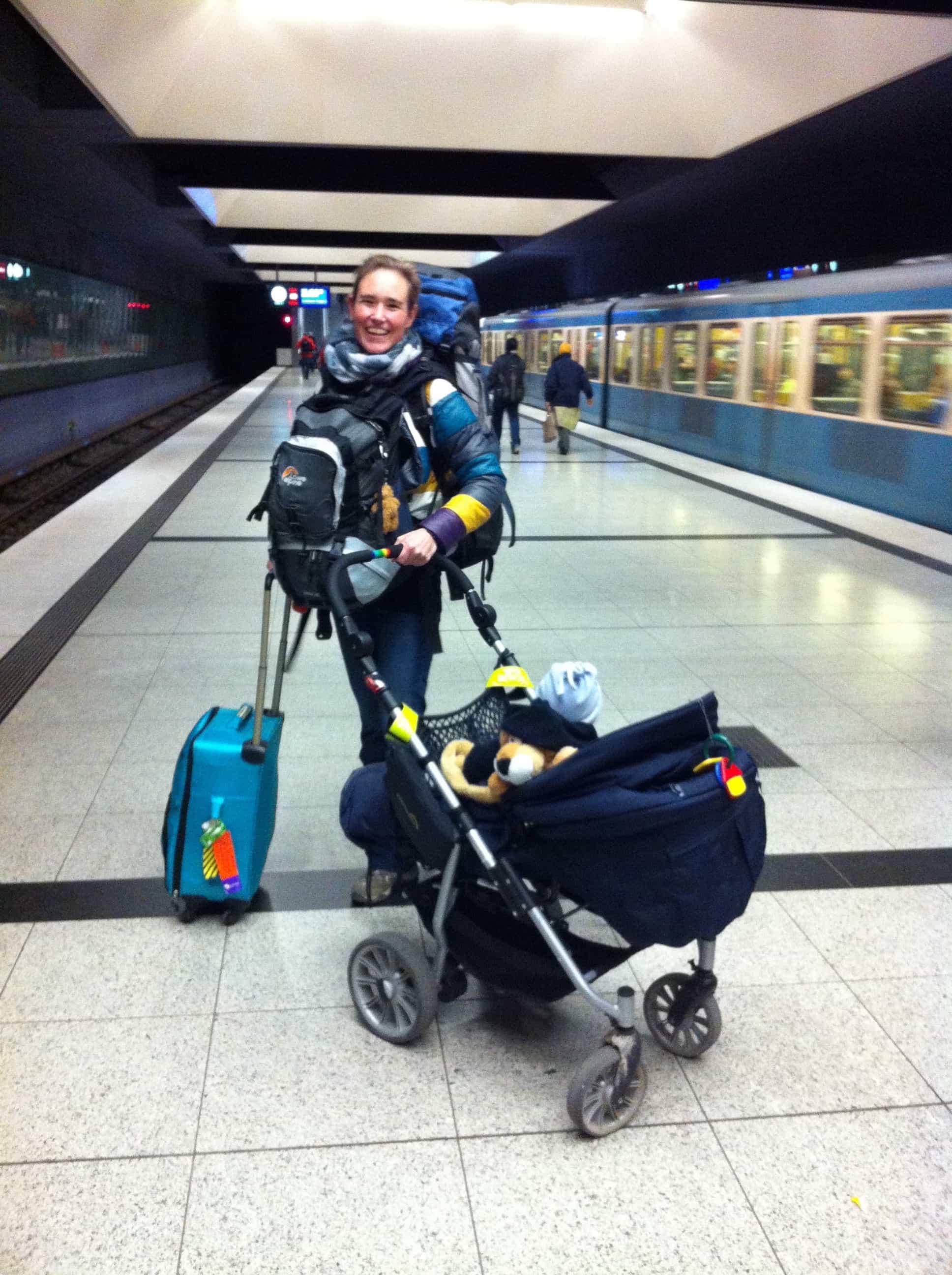 Alleine Reisen als Frau, mit Baby, Kinderwagen und Rucksack, Reisen mit Kindern